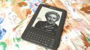 My black Kindle 3G (3rd rev.)
